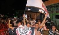 Corintianos comemoram titulo em Valença. Fotos e vídeo