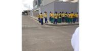 Vereadores pressionam e empresa de limpeza paga garis em Valença