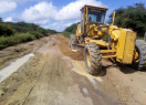 Prefeitura de Pimenteiras recupera estradas vicinais e beneficia localidades