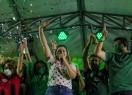 Carmelina do Ó e Getúlio Gomes participam de caminhada e comício em Valença