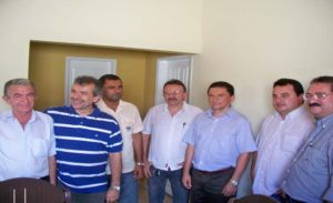 Senador João Vicente reunido com lideranças em São João da Canabrava