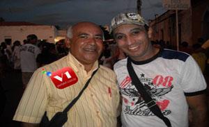 do historiador Antônio José Mambenga e o radialista Raimundo Barbosa