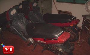 as motocicletas encontram-se na Delegacia de Inhuma