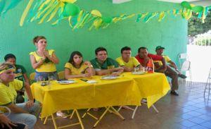 Delegado Marllos assistiu a partida na companhia dos amigos