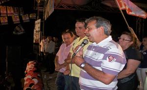 João Vicente durante comício na Praça Getúlio Vargas