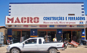 A Loja fica localizada na Avenida Joaquim Manoel 979