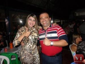 Vice-prefeita Paula Jeanne e o prefeito Walfredo Filho