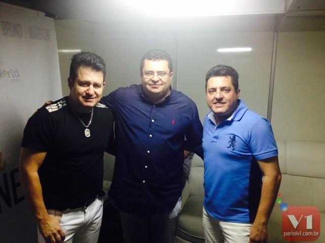 Prefeito Venicio do Ó e os cantores Bruno e Marrone