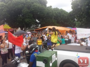 As manifestações percorreram as ruas de Inhuma