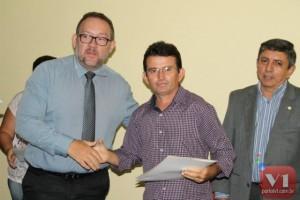 Benuar Veloso durante a entrega dos diplomas
