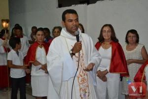 Padre Klebert Viana de Carvalho