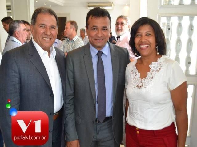 Secretário Fabio Abreu e os vereadores José Itamar e Edilsa do Vale