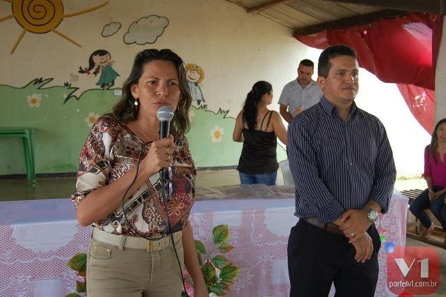 Secretária de assistência social, Marcia Cristina e o coordenador estadual do Bolsa Família, Roberto Oliveira