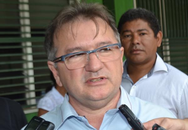 Secretário de estado de governo, Merlong Solano