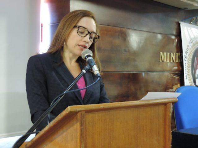 Vice-presidente da Associação Piauiense do Ministério Público, promotora eleitoral da 18ª Zona Eleitoral (Valença, Novo Oriente e Lagoa do Sitio), Débora Aragão