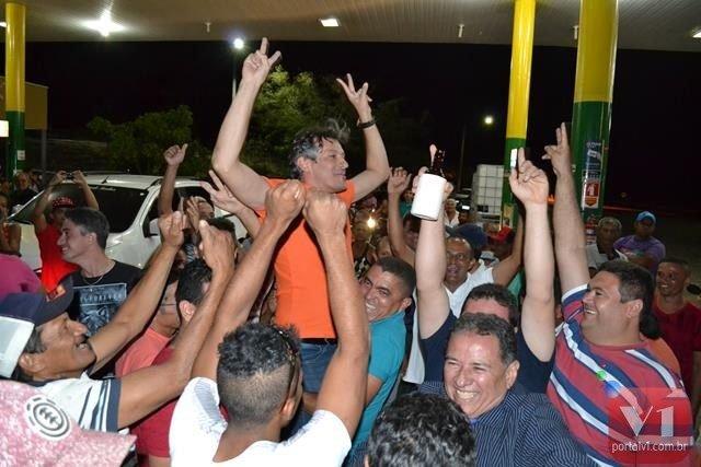 Marcelo Costa foi recebido com muito entusiamo pelos correligionários